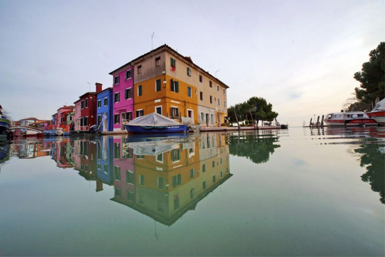 burano venice canal travel photo tom ang